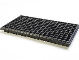 5 SEEDLING TRAY DEAL( 2OO HOLES)